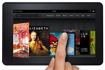 Amazon's $199 Kindle Fire may rival the iPad 2 in initial sales.