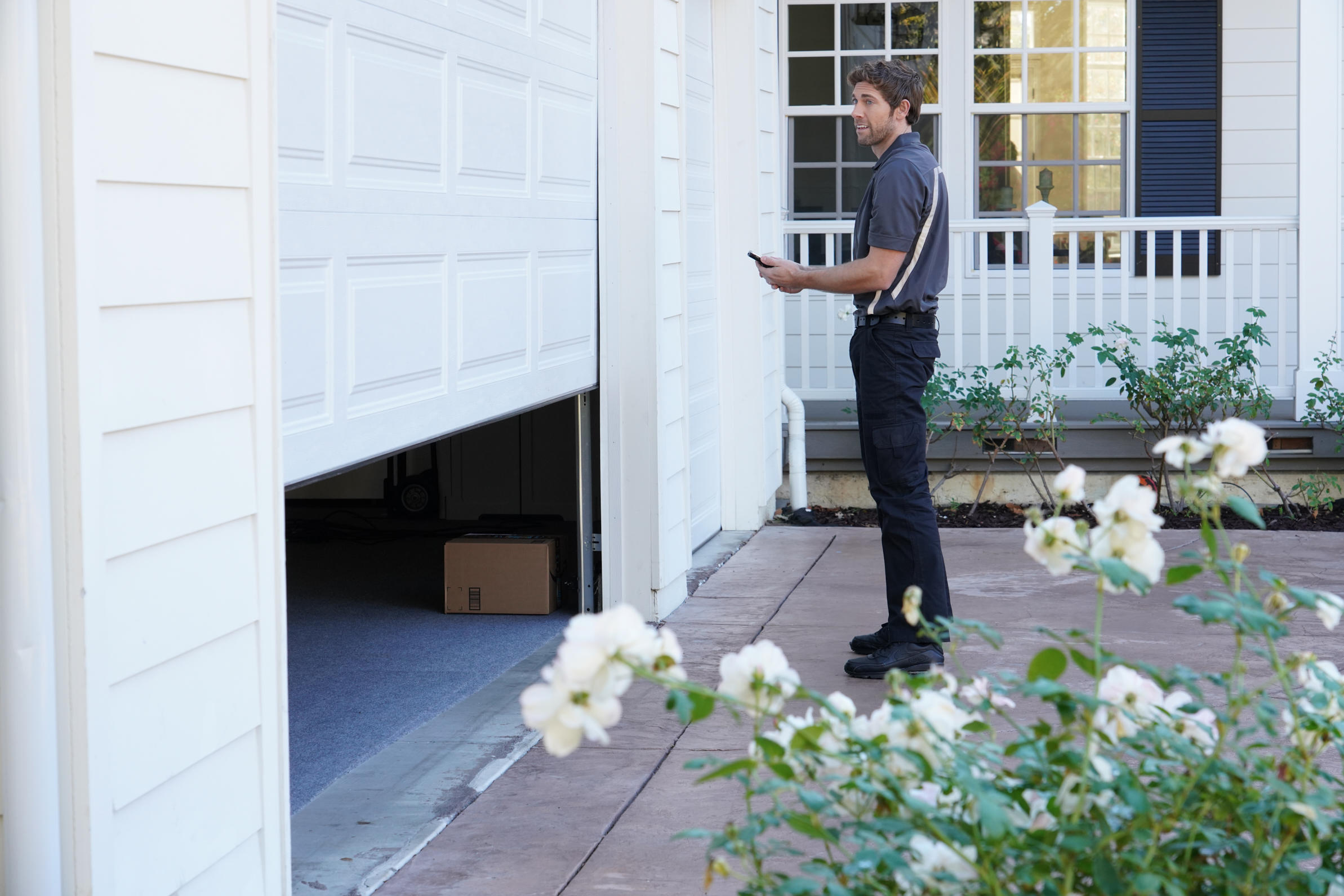 16-amazon-cloud-cam-and-in-home-delivery