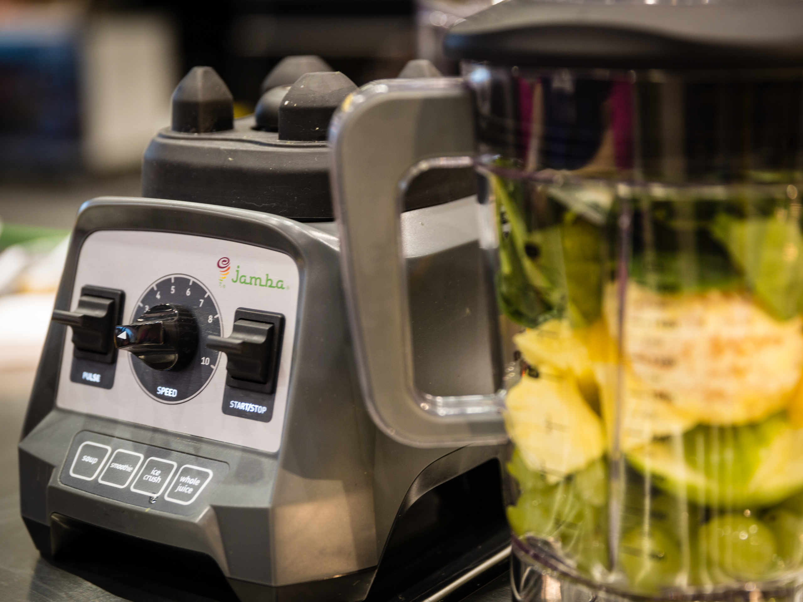 Jamba Juice and Hamilton Beach bring the smoothie store to your home - CNET