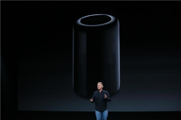 Phil Schiller showing off the Mac Pro.