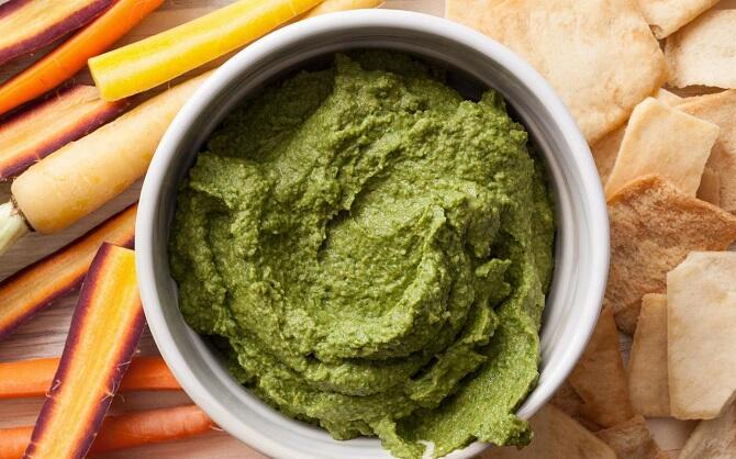 spinach-basil-hummus-recipe-chowhound
