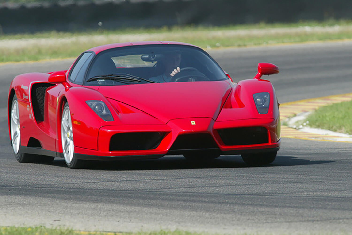 Ferrari Enzo Sells For 2 64m Becomes Most Expensive Car Sold In Online Auction Roadshow
