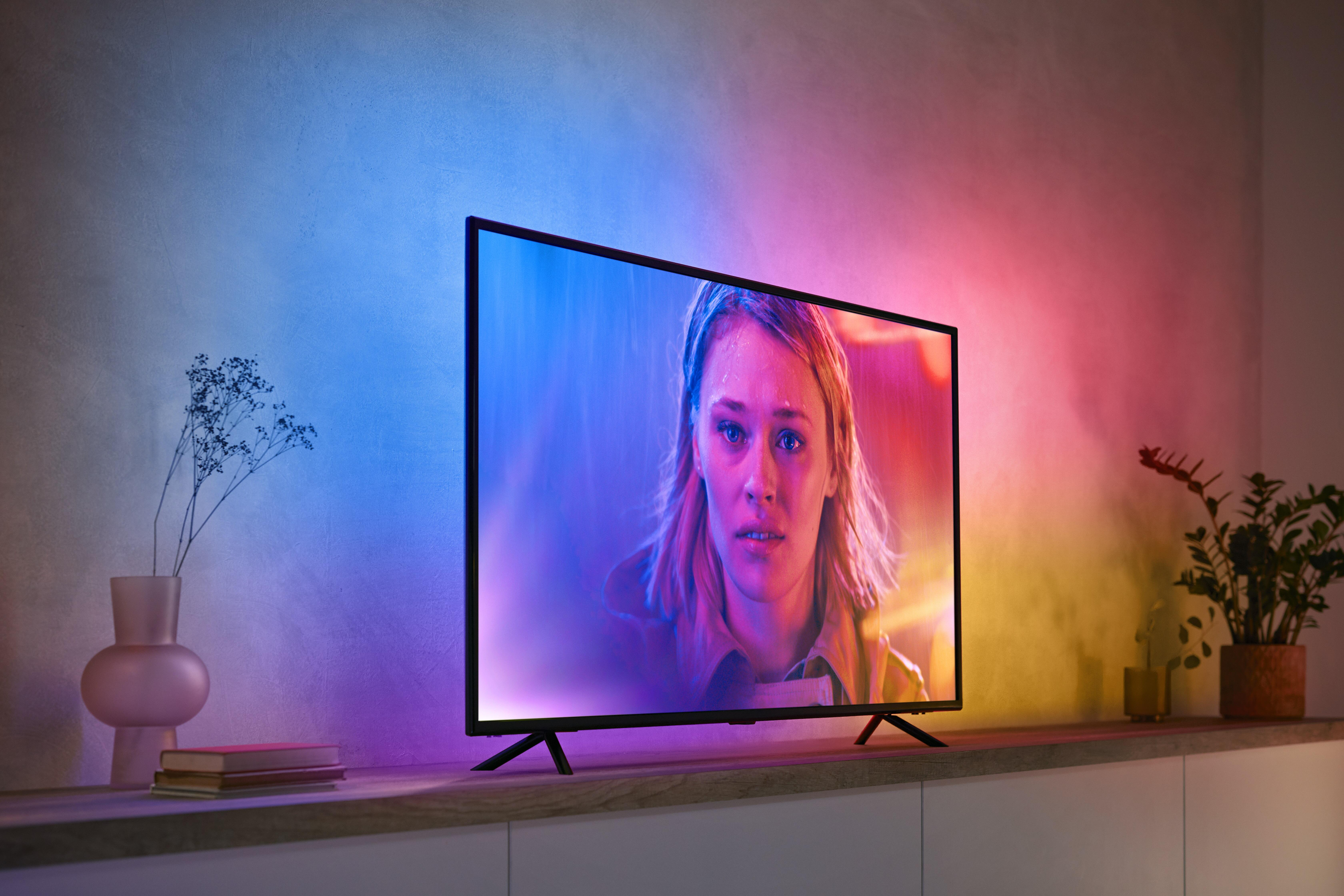 philips-hue-play-gradient-lightstrip-home-theater-close-up-light-strip