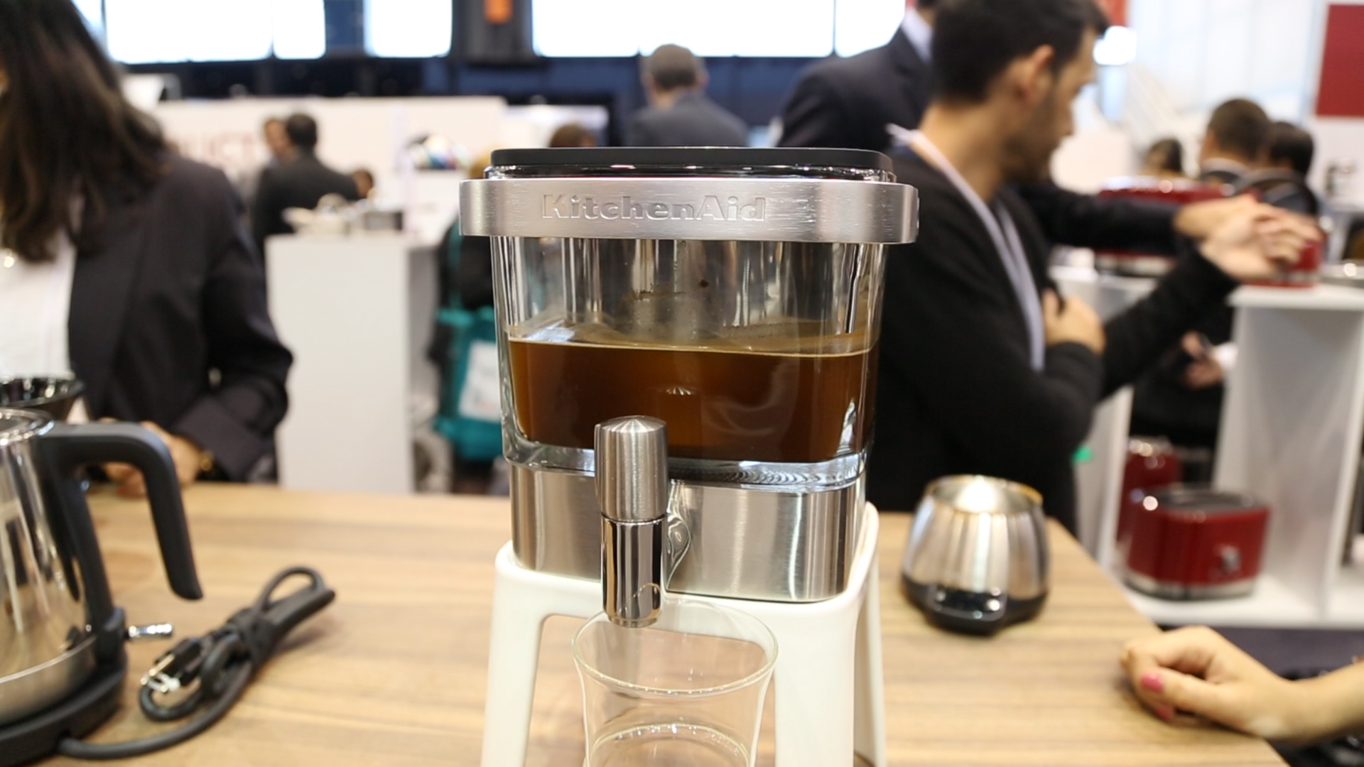Video: Kitchenaid's compact cold brew gadget is made to live in your fridge