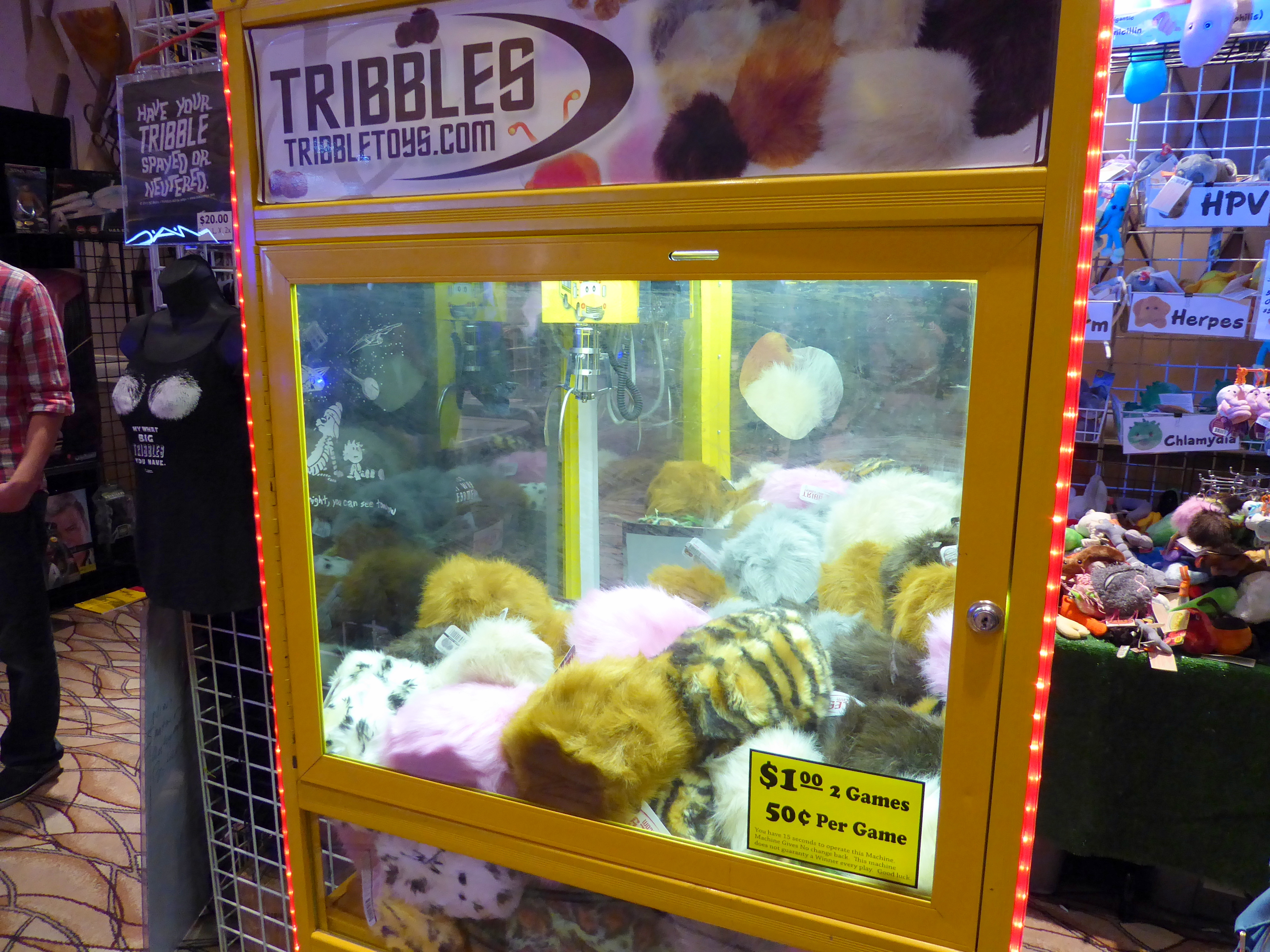 Tribble claw game