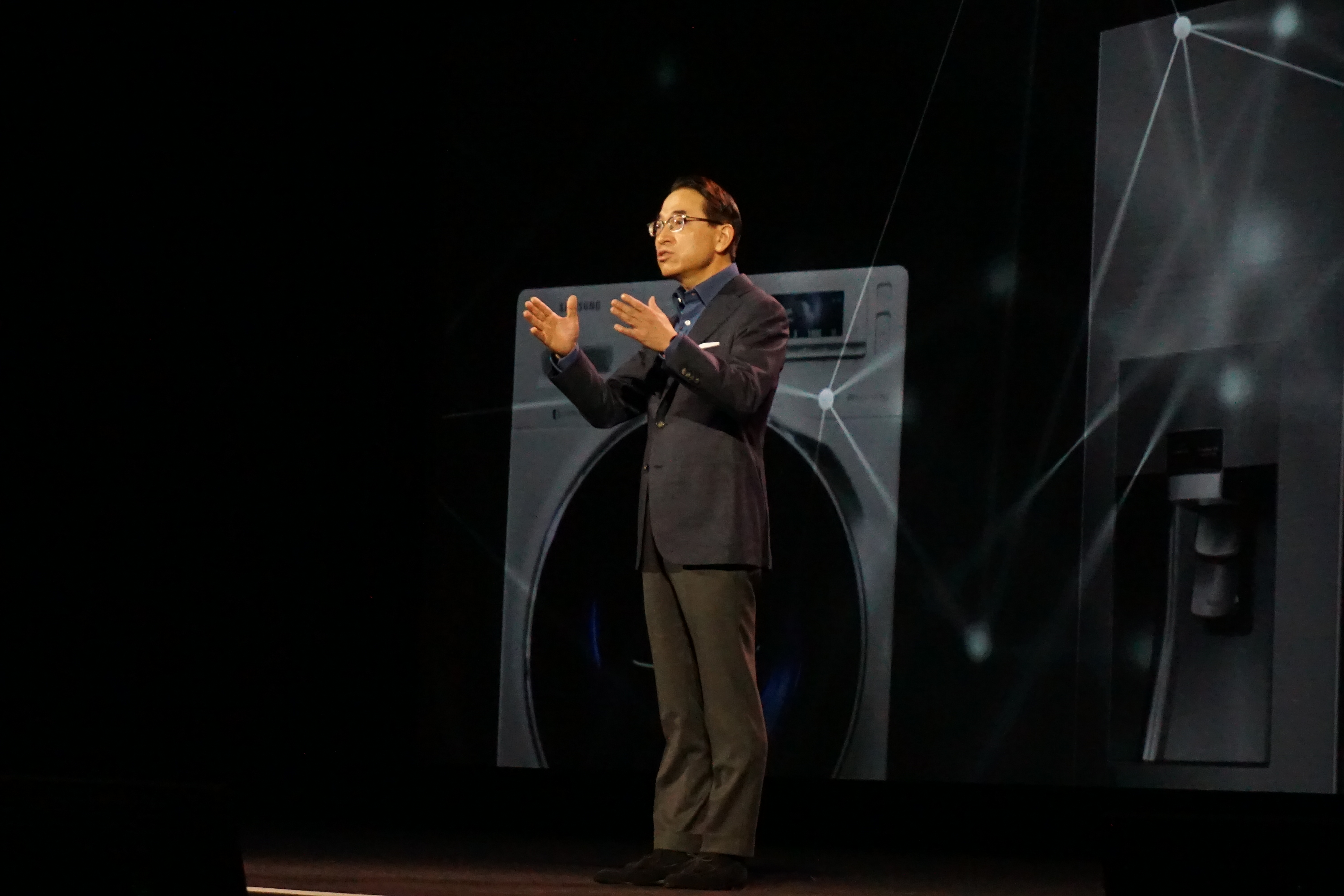 W.P. Hong, head of Samsung's IT business, talks up the Internet of Things during a keynote presentation at this year's CES confab.