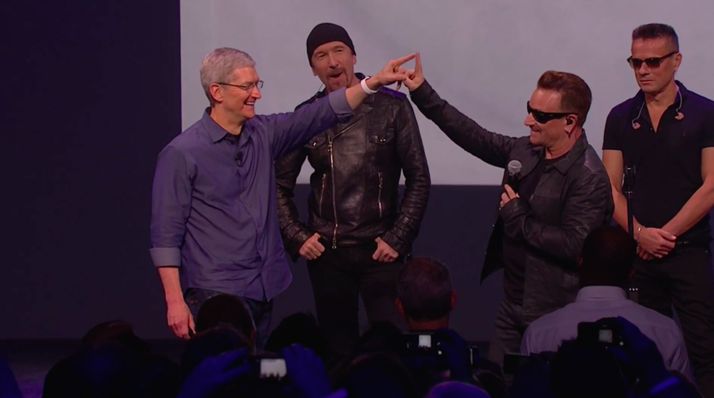 apple-tim-cook-u2-album.jpg