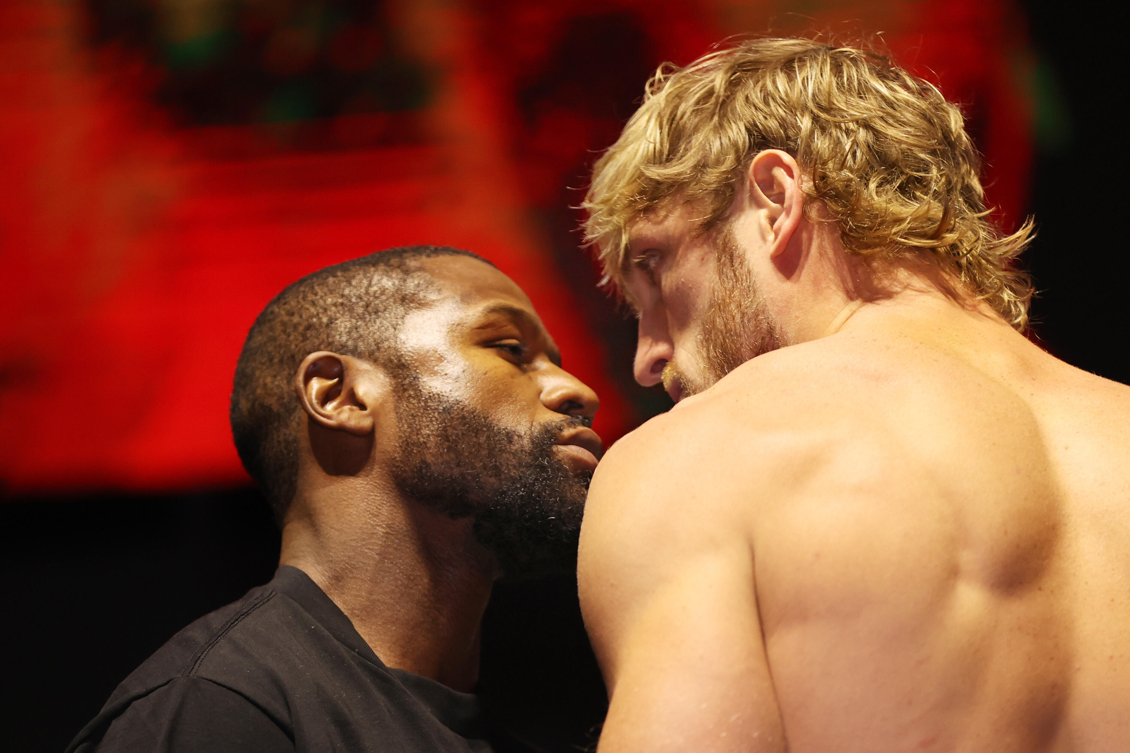 Logan Paul Vs Floyd Mayweather Jr Results A Grim Disappointing Affair With No Winners Cnet