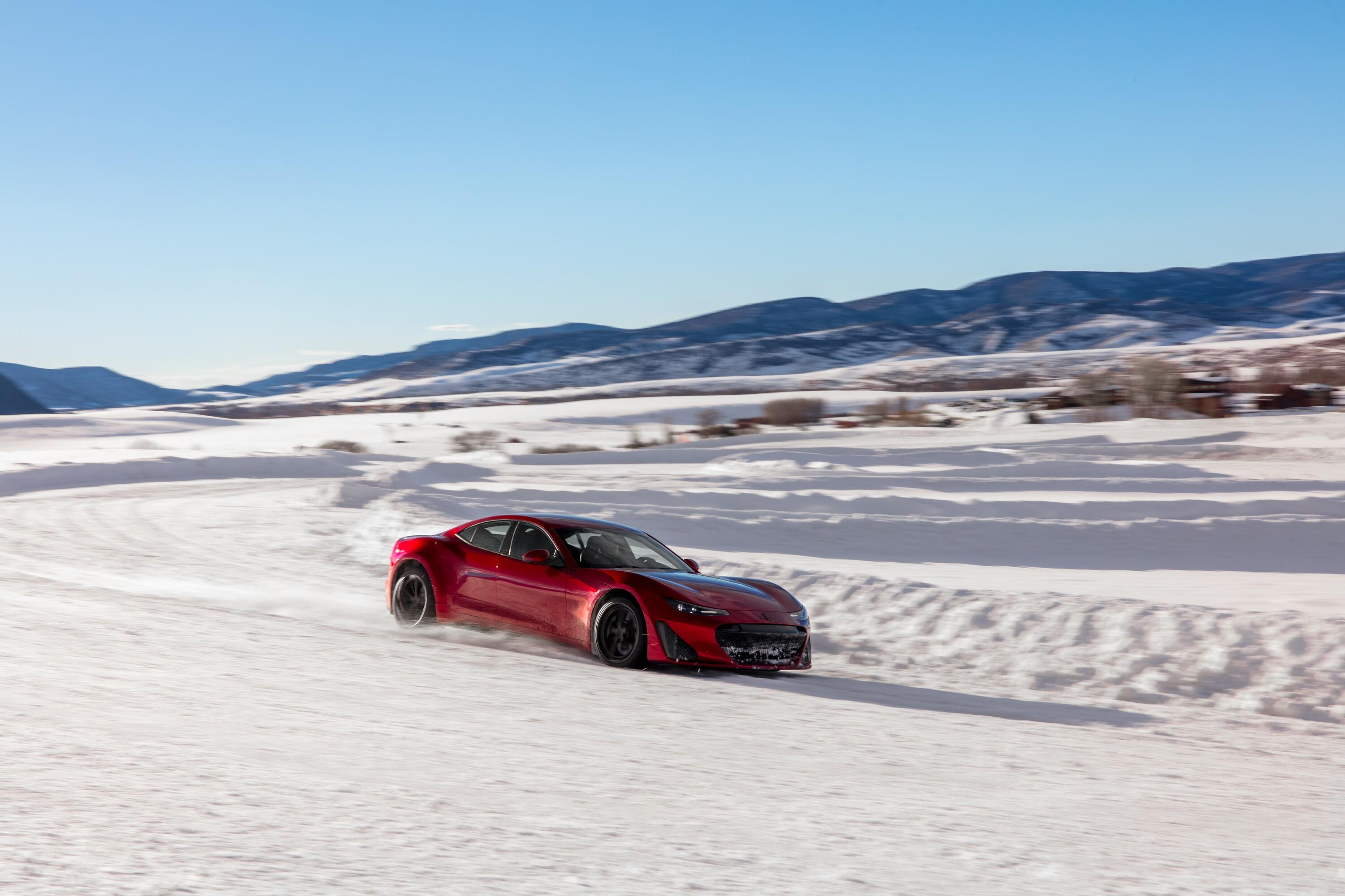 drako-motors-gte-winter-testing-9