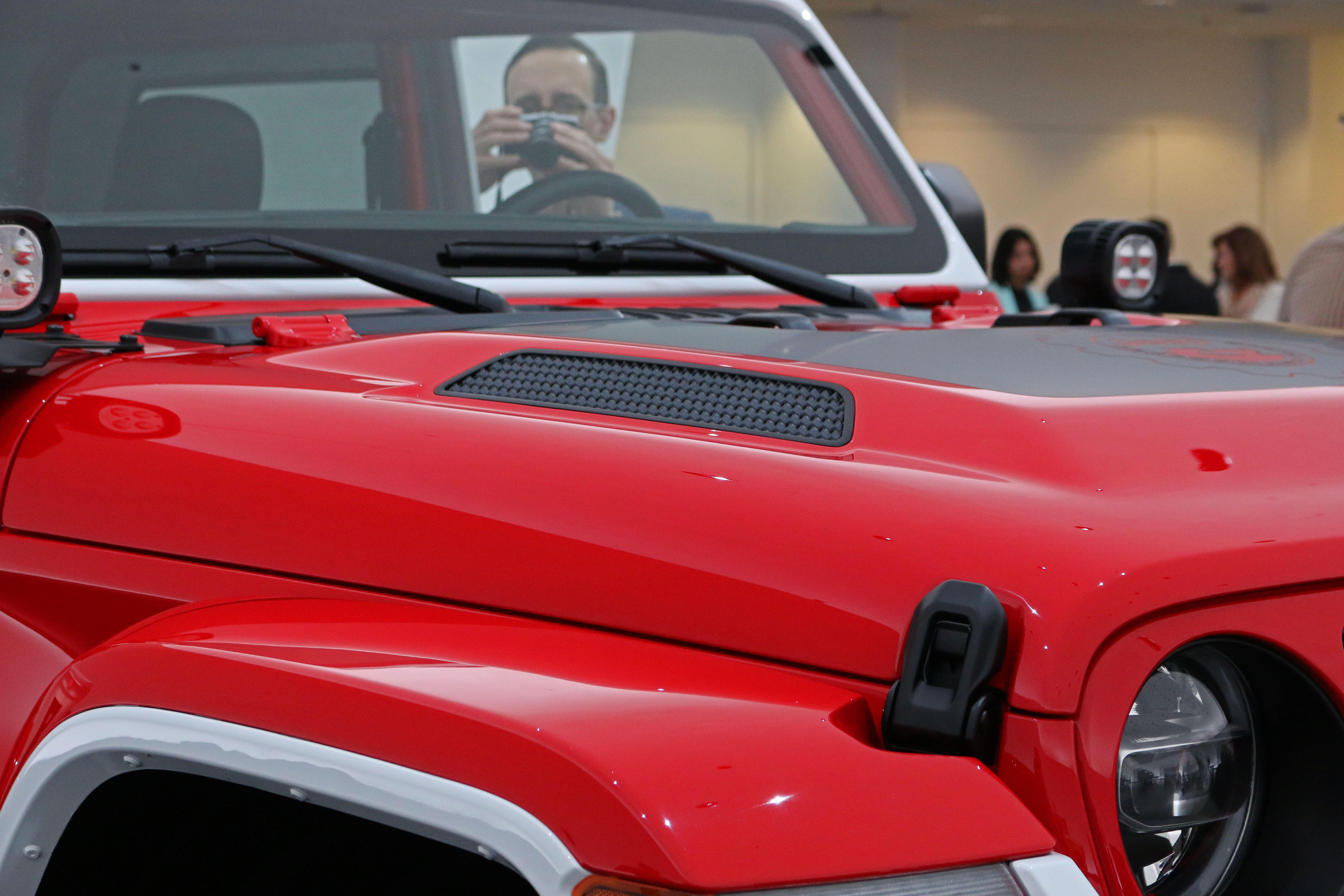 jeep-jeepster-concept-22