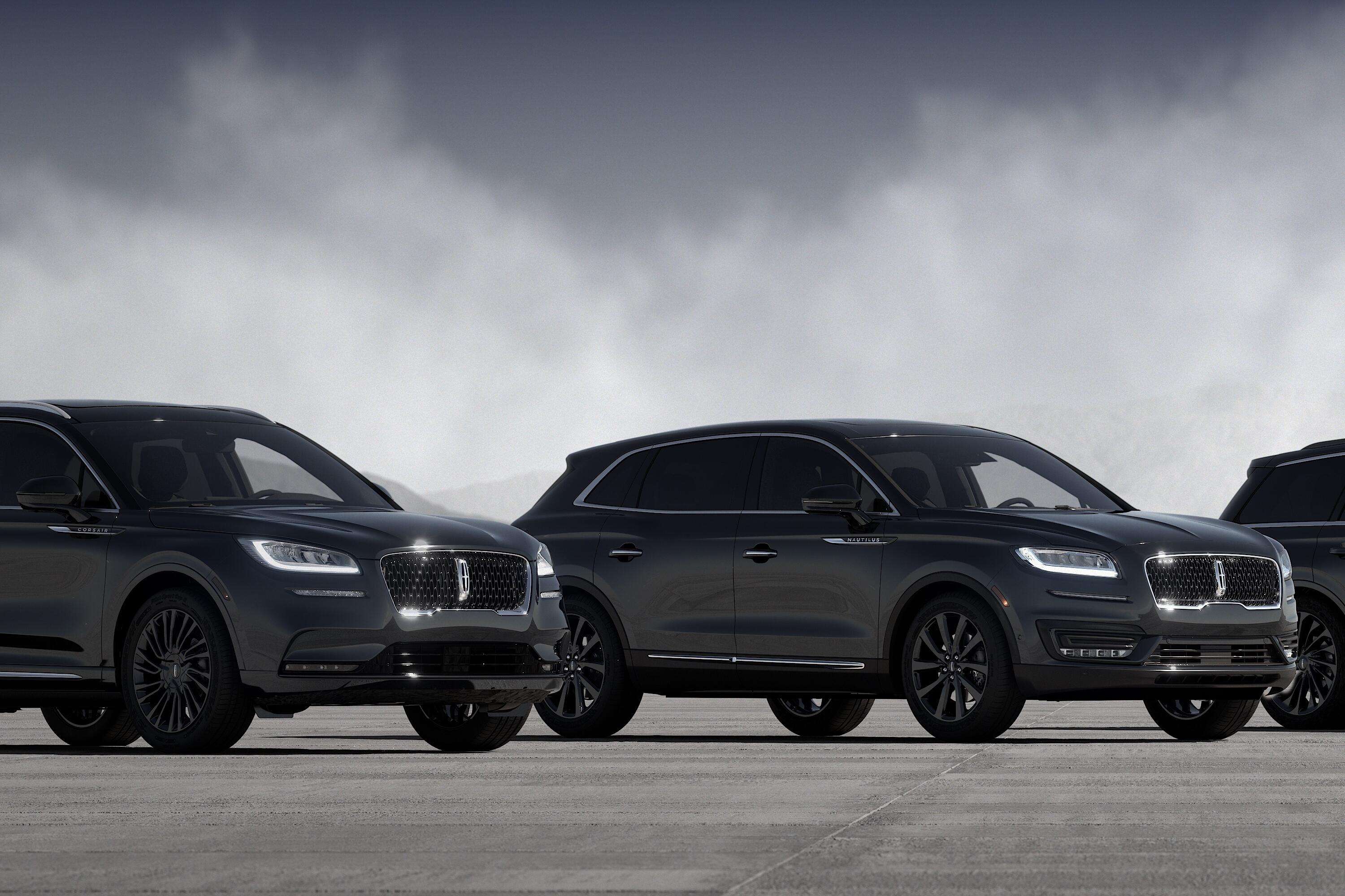lincoln-monochromatic-suv-lineup-front