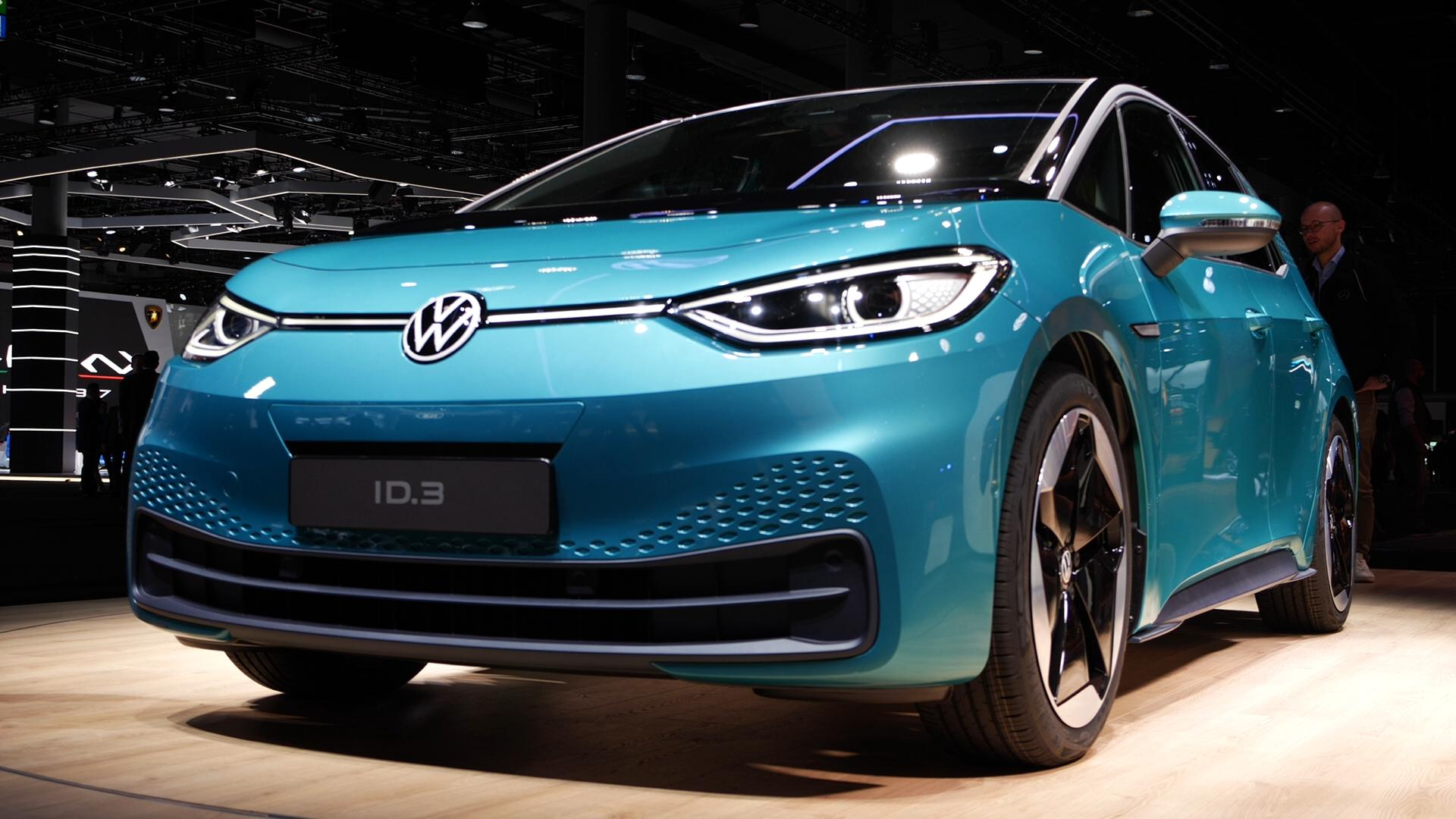 Video: VW ID 3 proves popular at the Frankfurt Motor Show