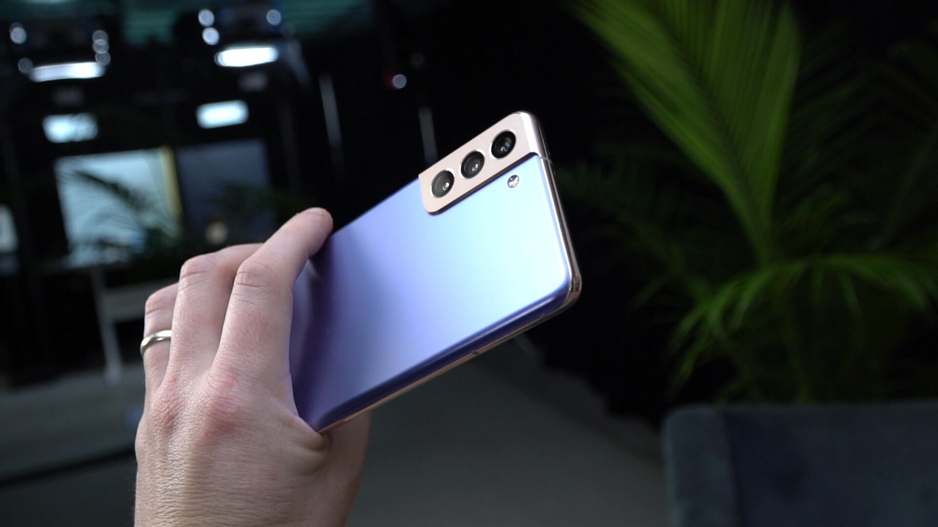 Video: Our first look at the new Galaxy S21 and S21 Plus