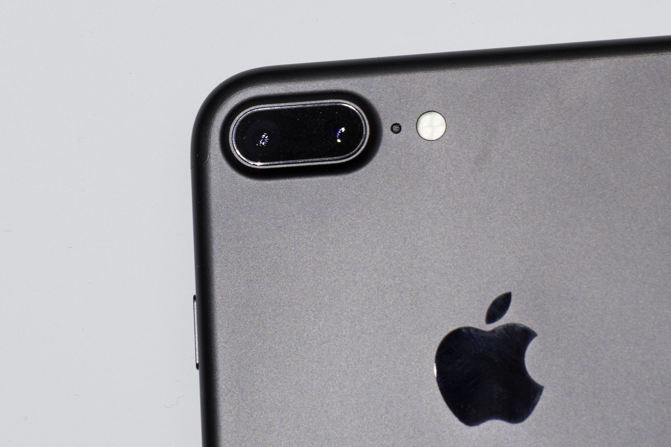 """The iPhone 7 Plus has dual 12-megapixel cameras on back. With iOS 10, some apps let you shoot with a """"raw"""" photo format that offers more quality but takes up more storage space."""