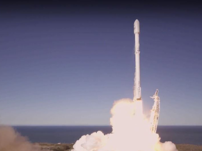SpaceX returns to space.