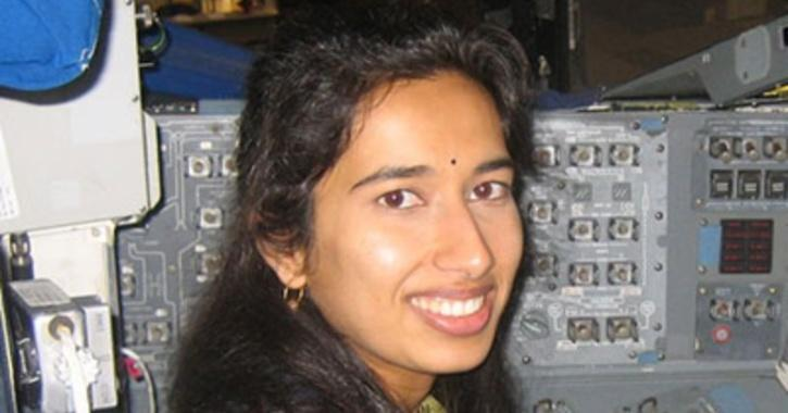dr-swati-mohan-2-602375a82f065