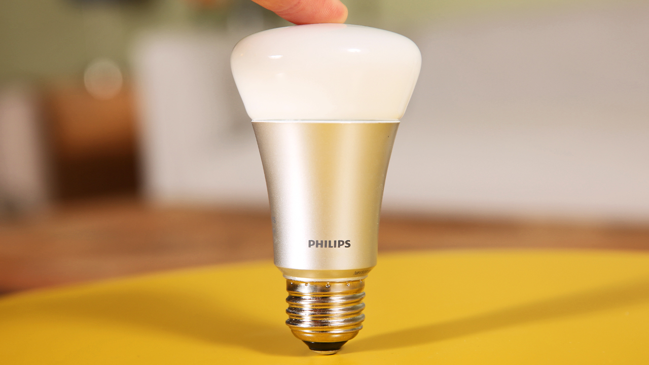First Look - Philips Hue Connected Bulb