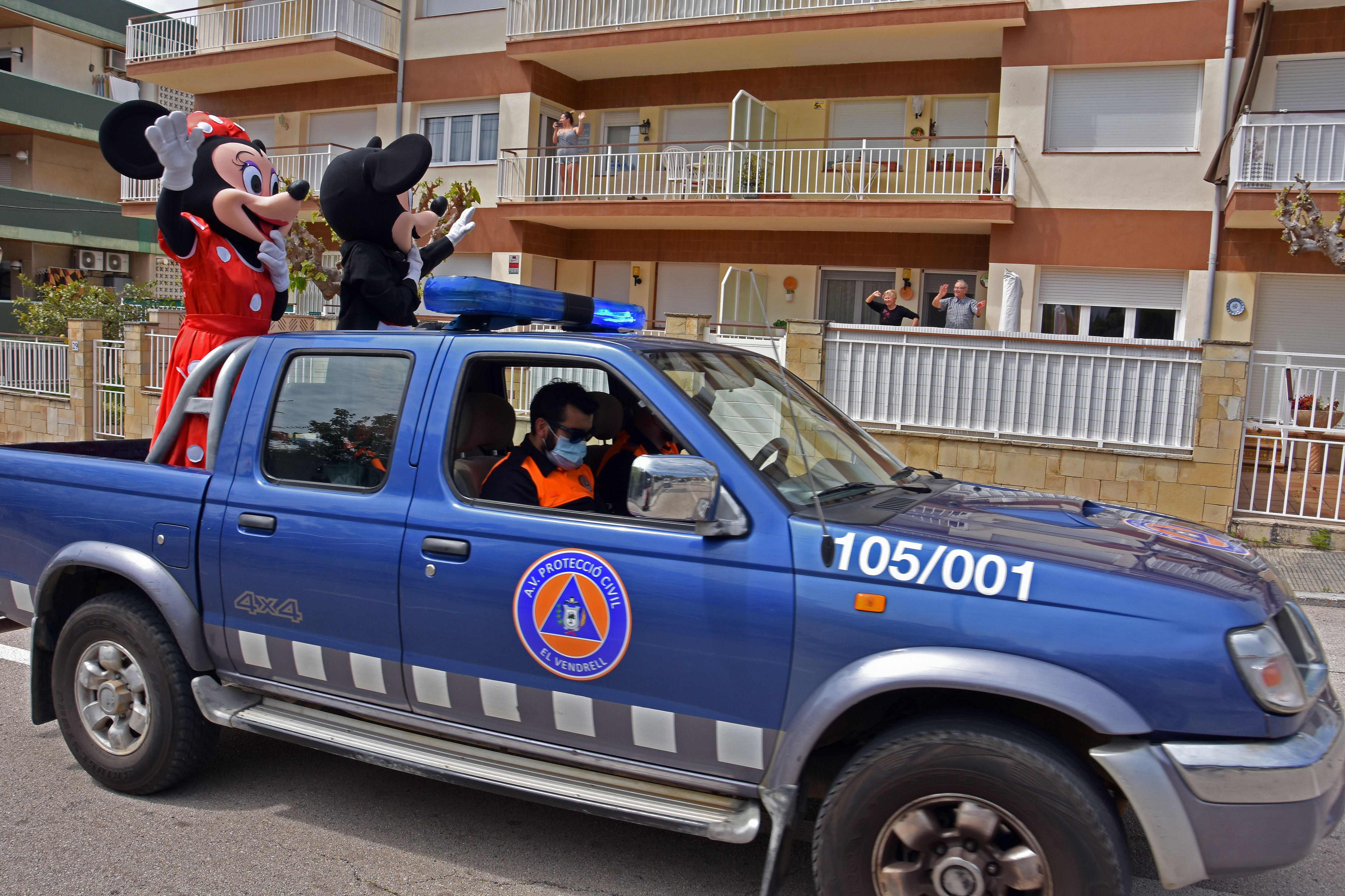 Mickey and Minnie bring cheer in Spain