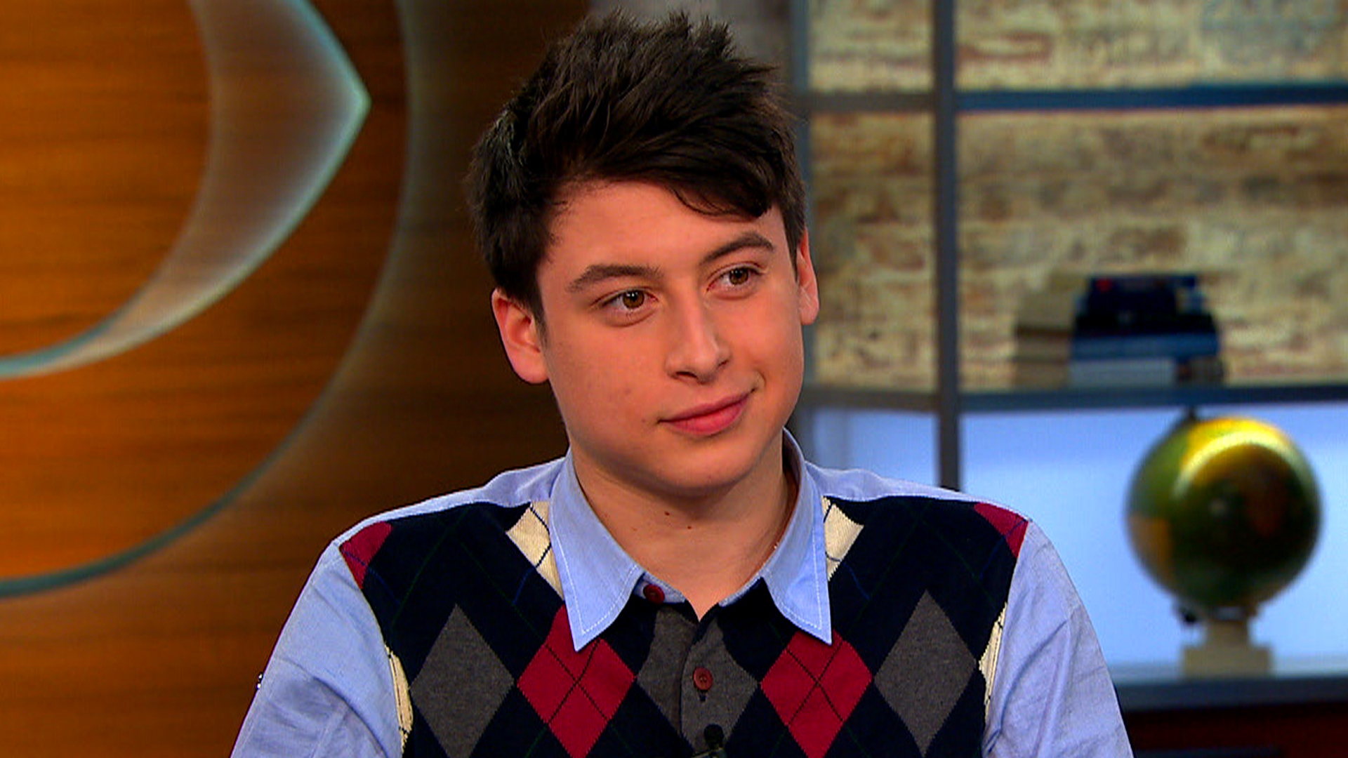 Teen founder of Summly discusses consuming news