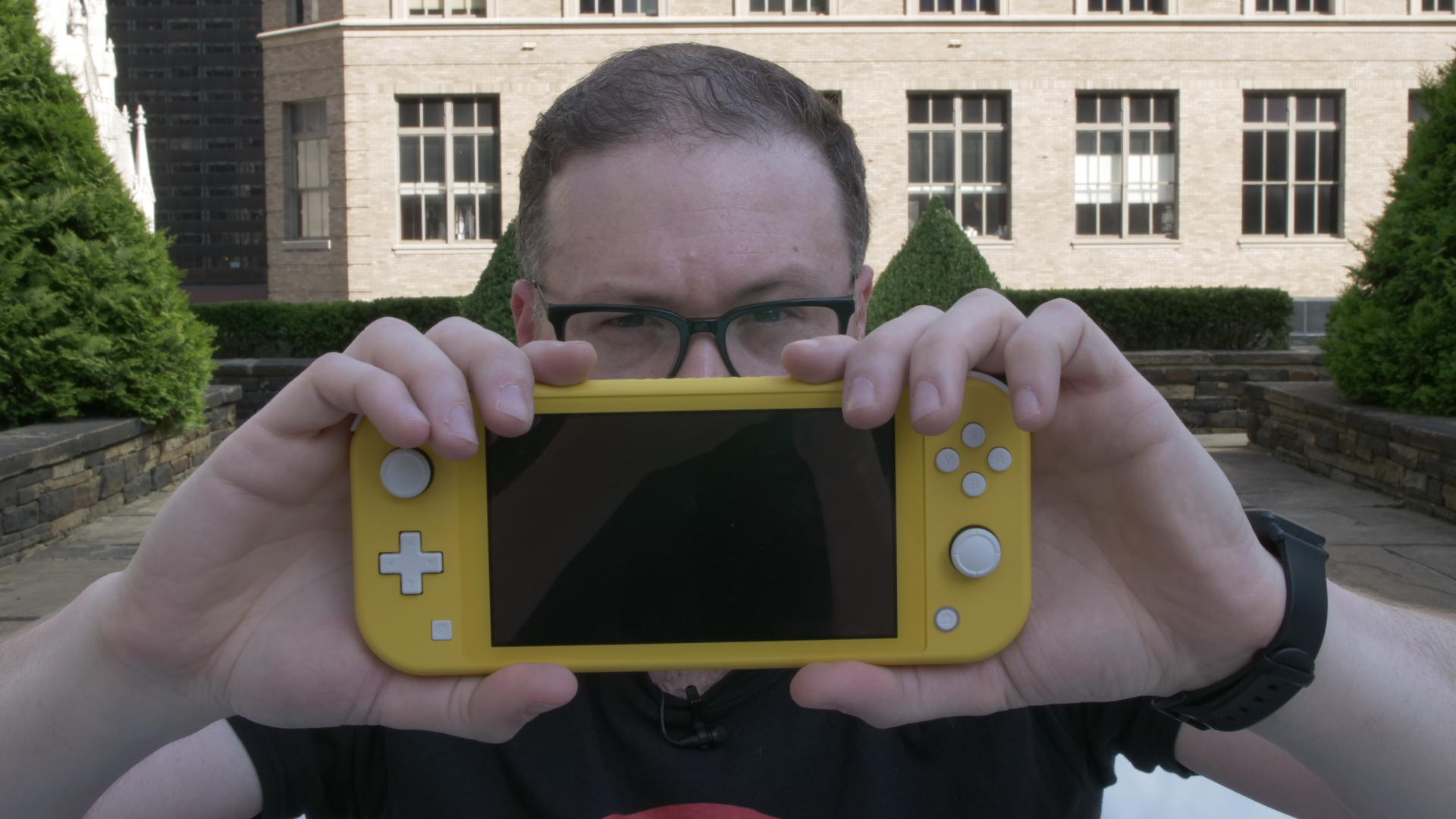 Video: Trying out the Nintendo Switch Lite actually surprised me