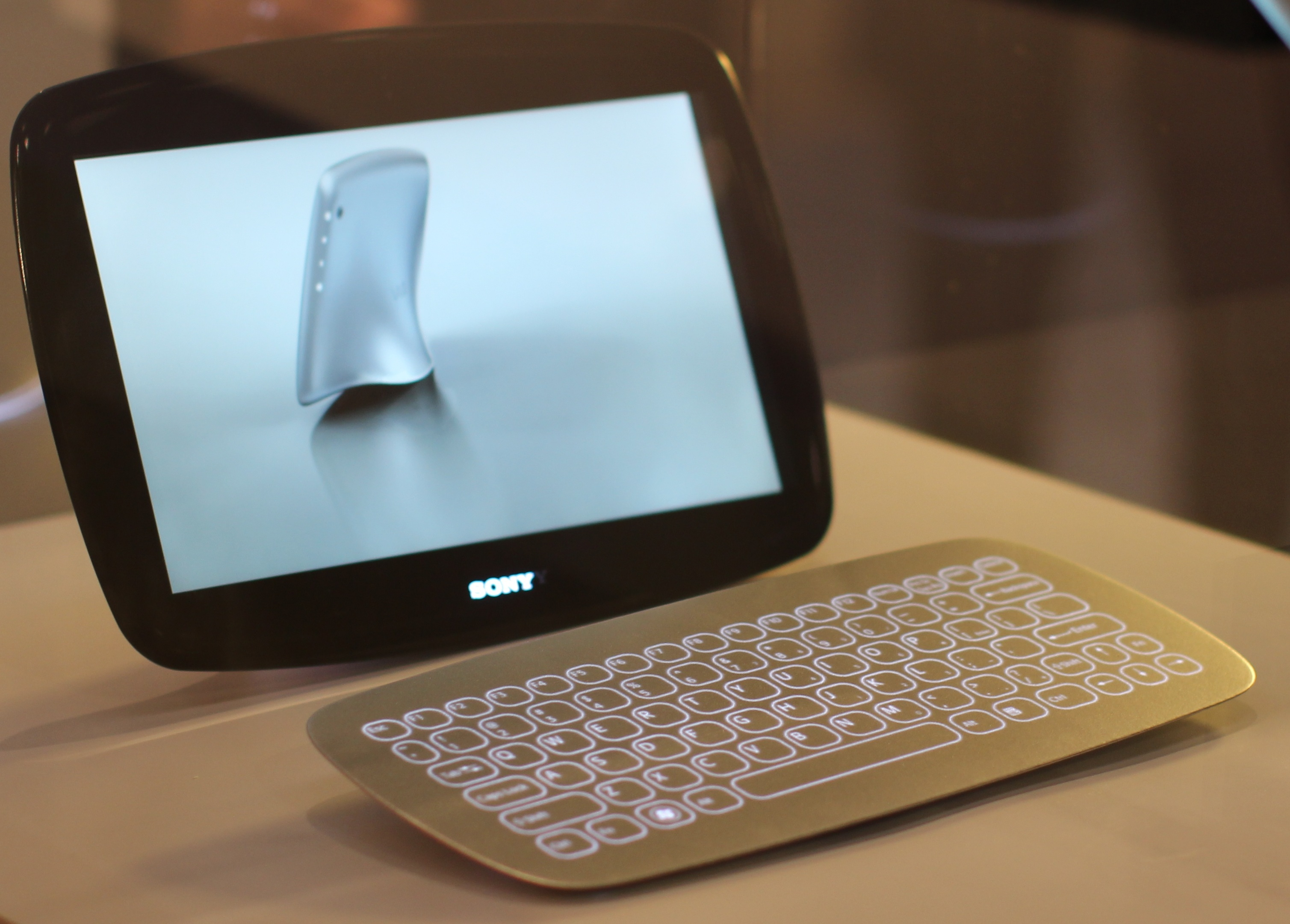 A concept Sony tablet.