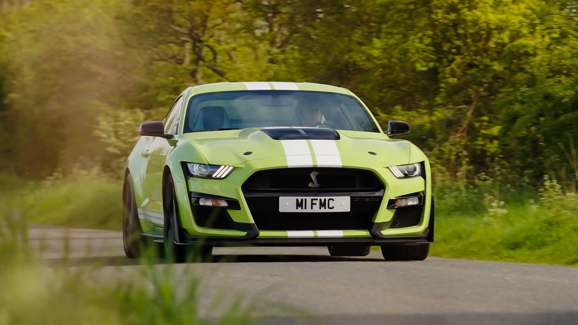 Video: The Ford Mustang Shelby GT500 is sophisticated yet obnoxiously loud