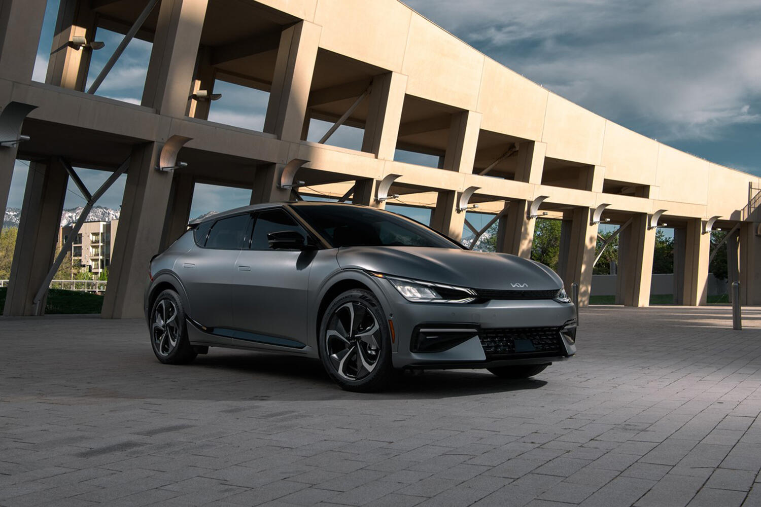 2022 Kia EV6 revealed for US: Lands early next year with 300 miles of range  - Roadshow