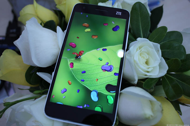 ZTE's Grand S aims high with premium features.