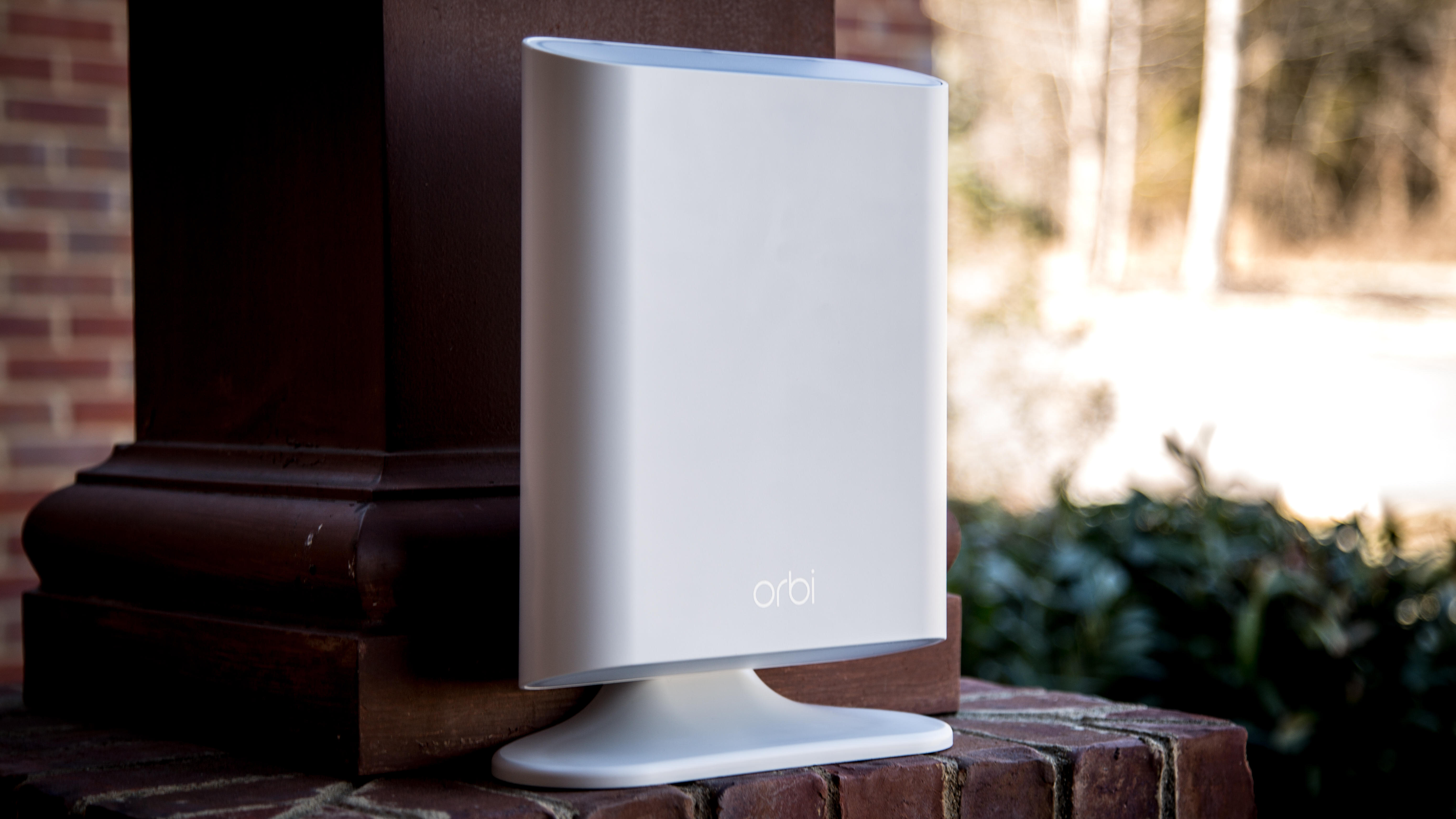 netgear-orbi-outdoor-4