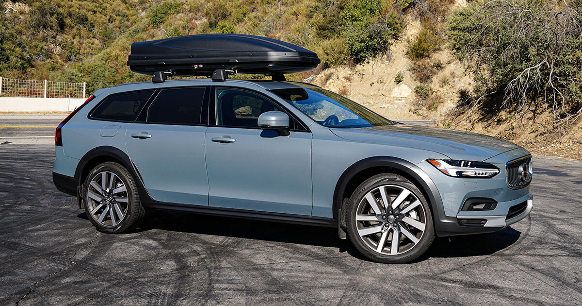 2021 Volvo V90 Cross Country review: Who needs an SUV?     - Roadshow