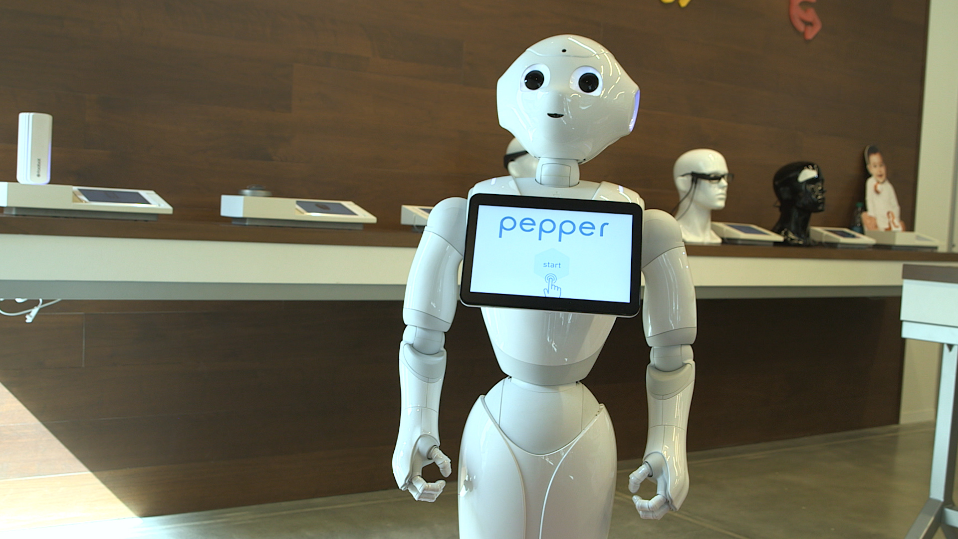 Video: Pepper the humanoid robot knows how you feel