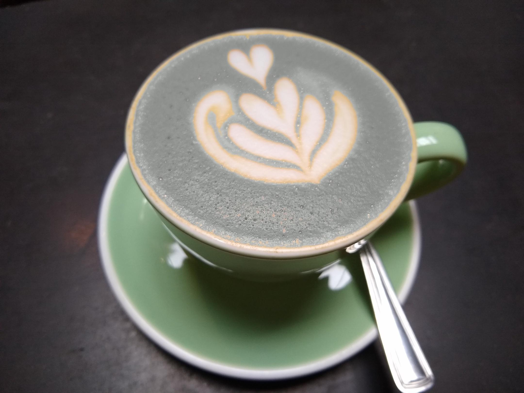 small-good-photo-spot-color-cappuccino