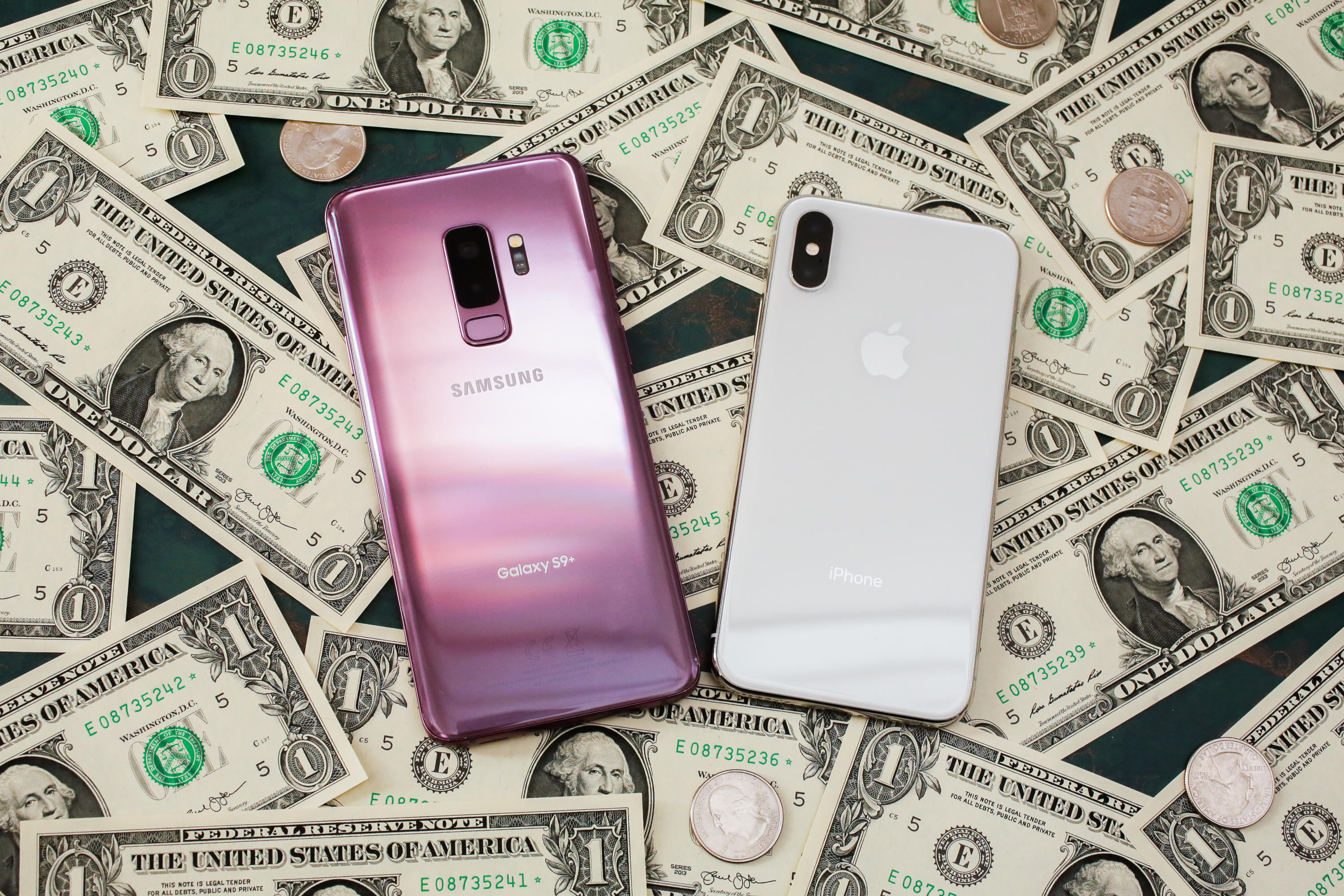 04-cash-money-iphone-samsung-galaxy