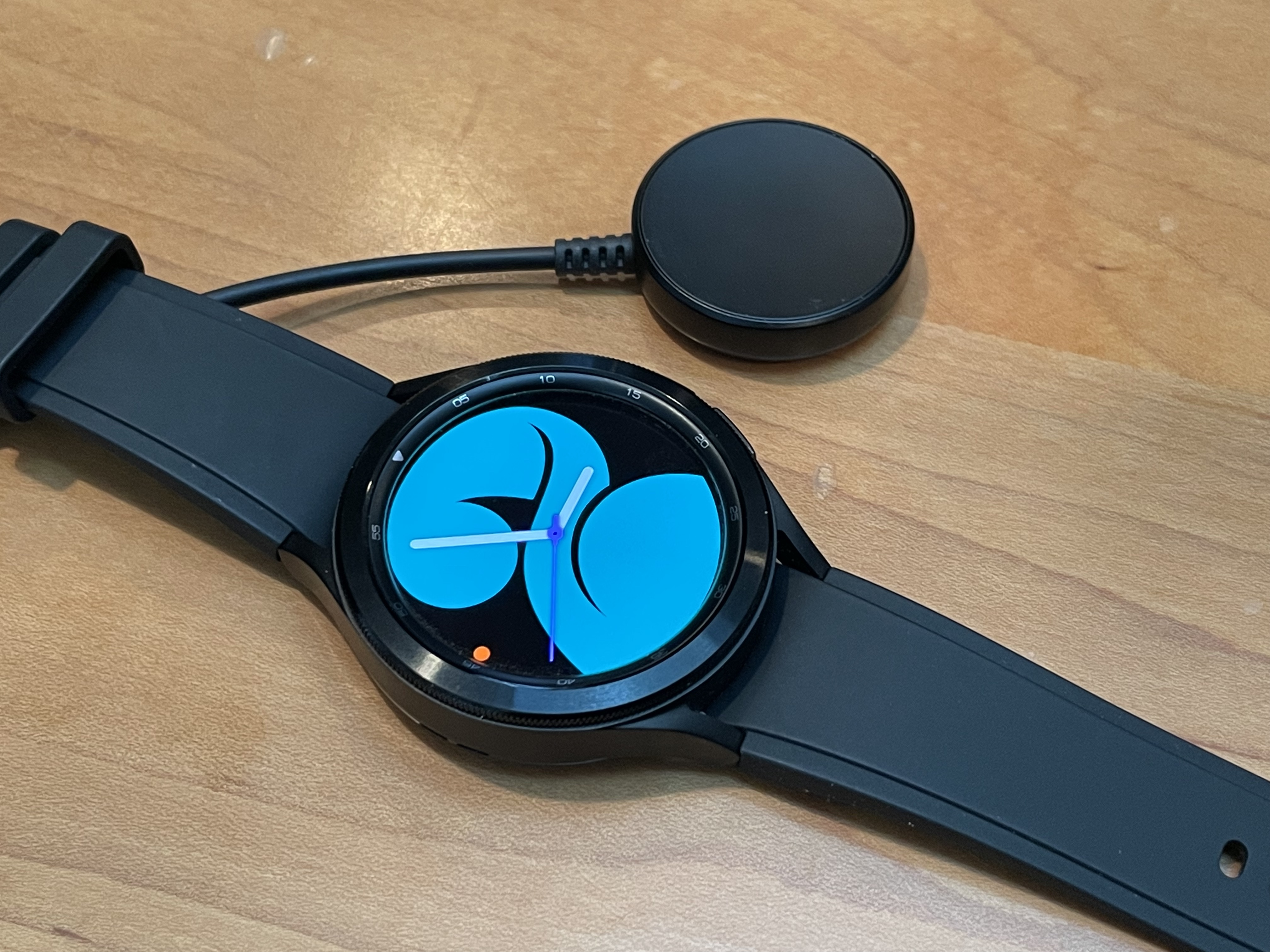 galaxy-watch-4-charger
