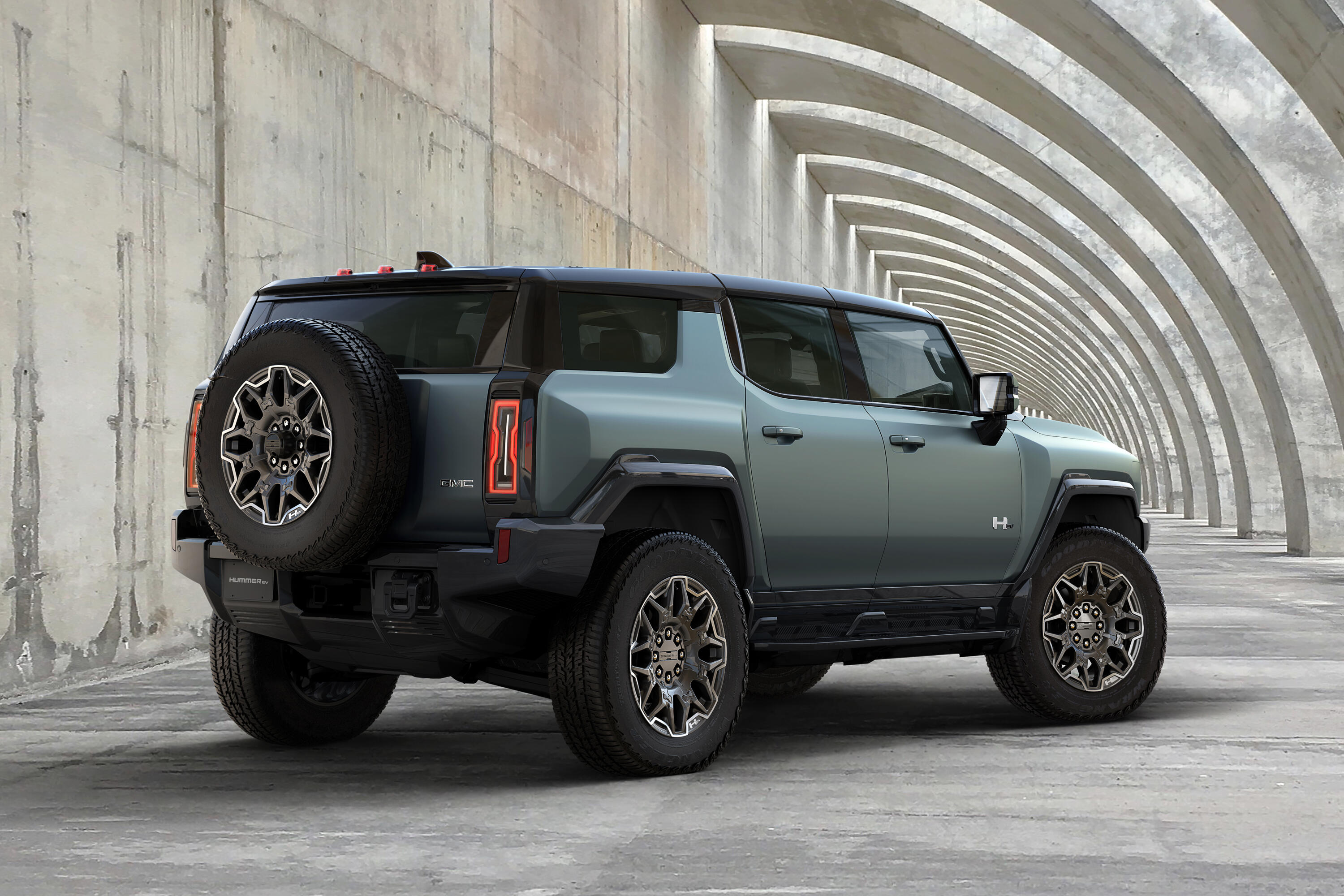 2024 GMC Hummer EV SUV April 3 Promo Image - off road