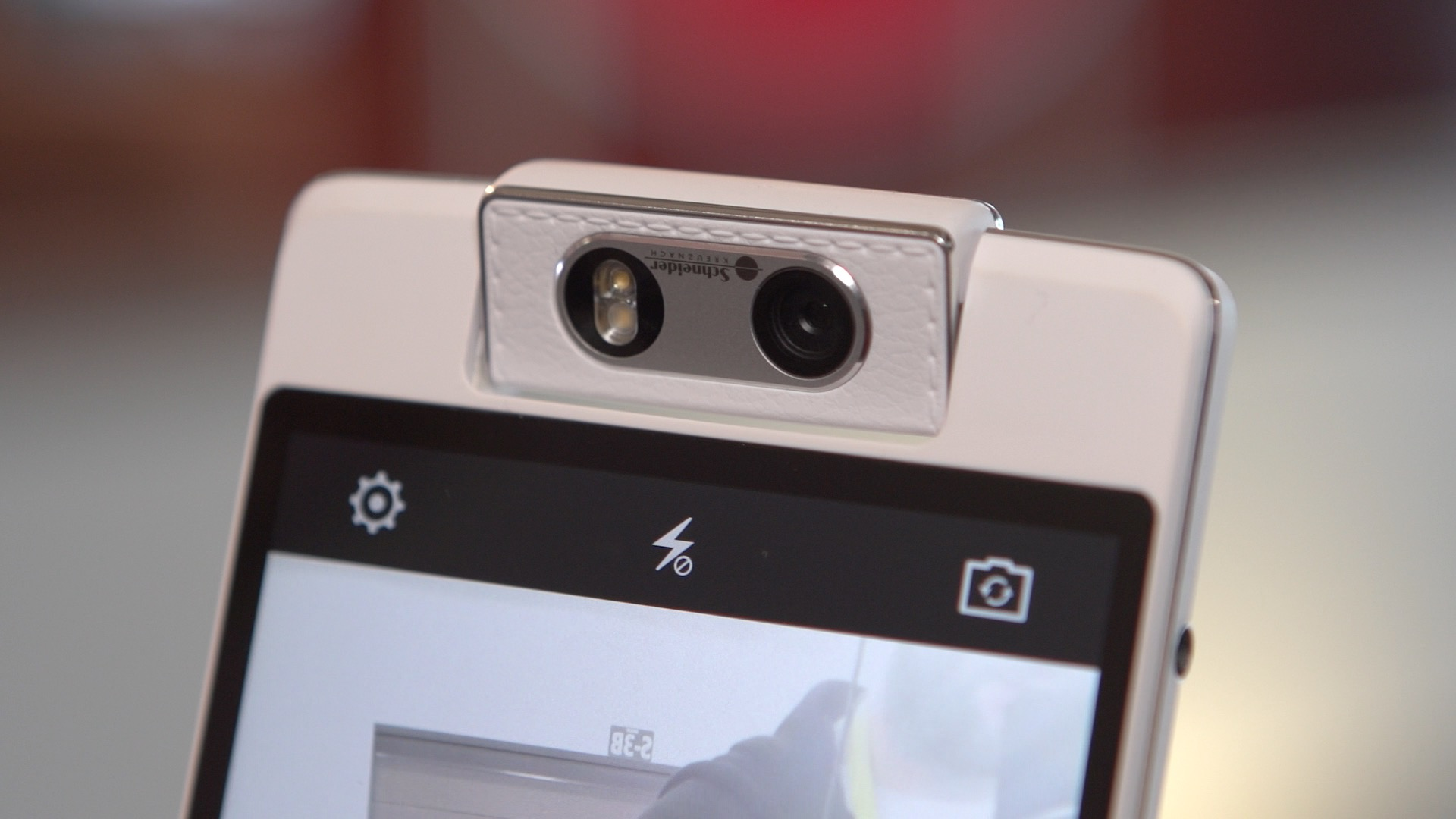 Video: Oppo N3 has a motorised spinning camera for superpowered selfies