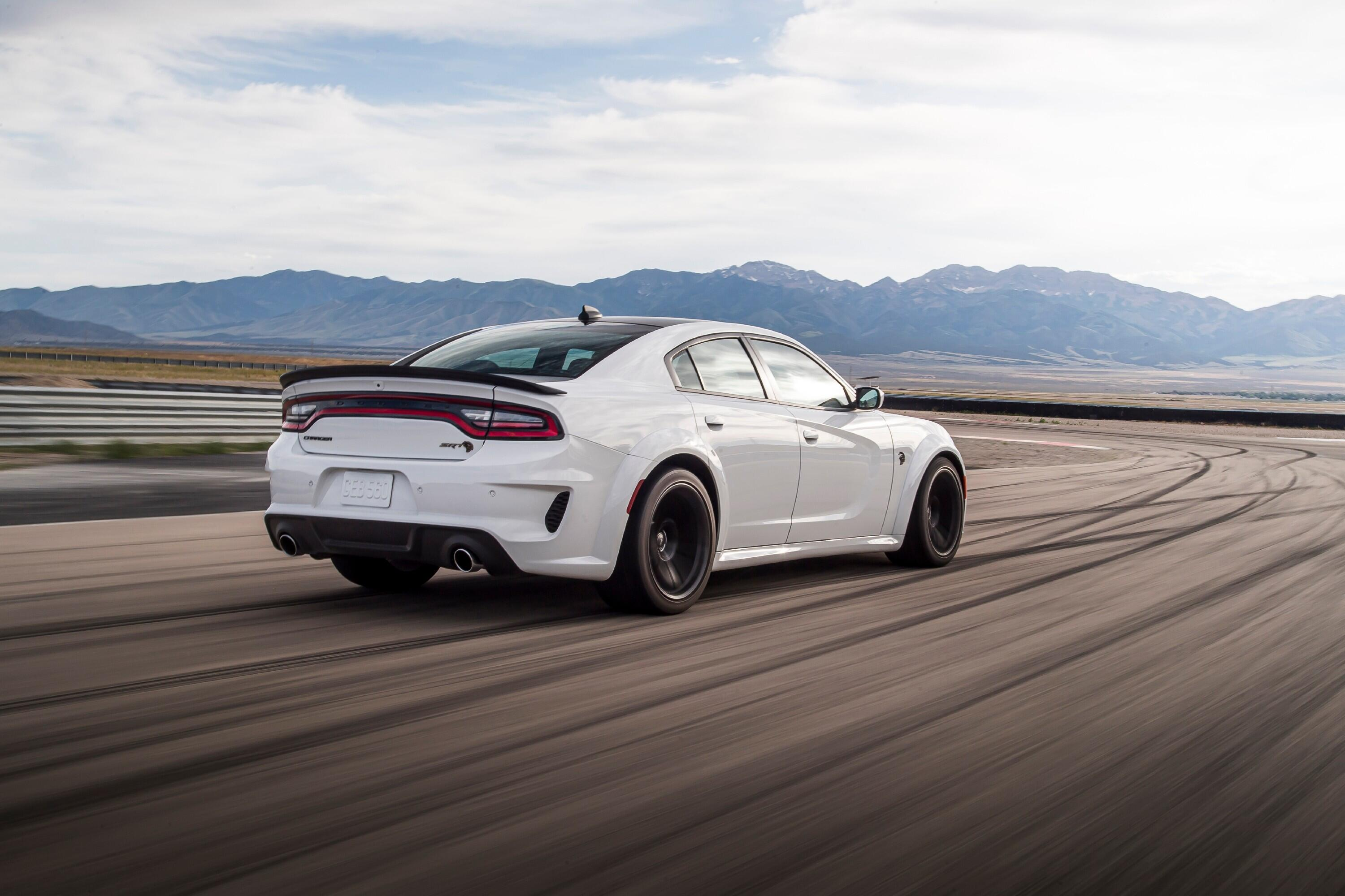 2021-dodge-charger-redeye-009