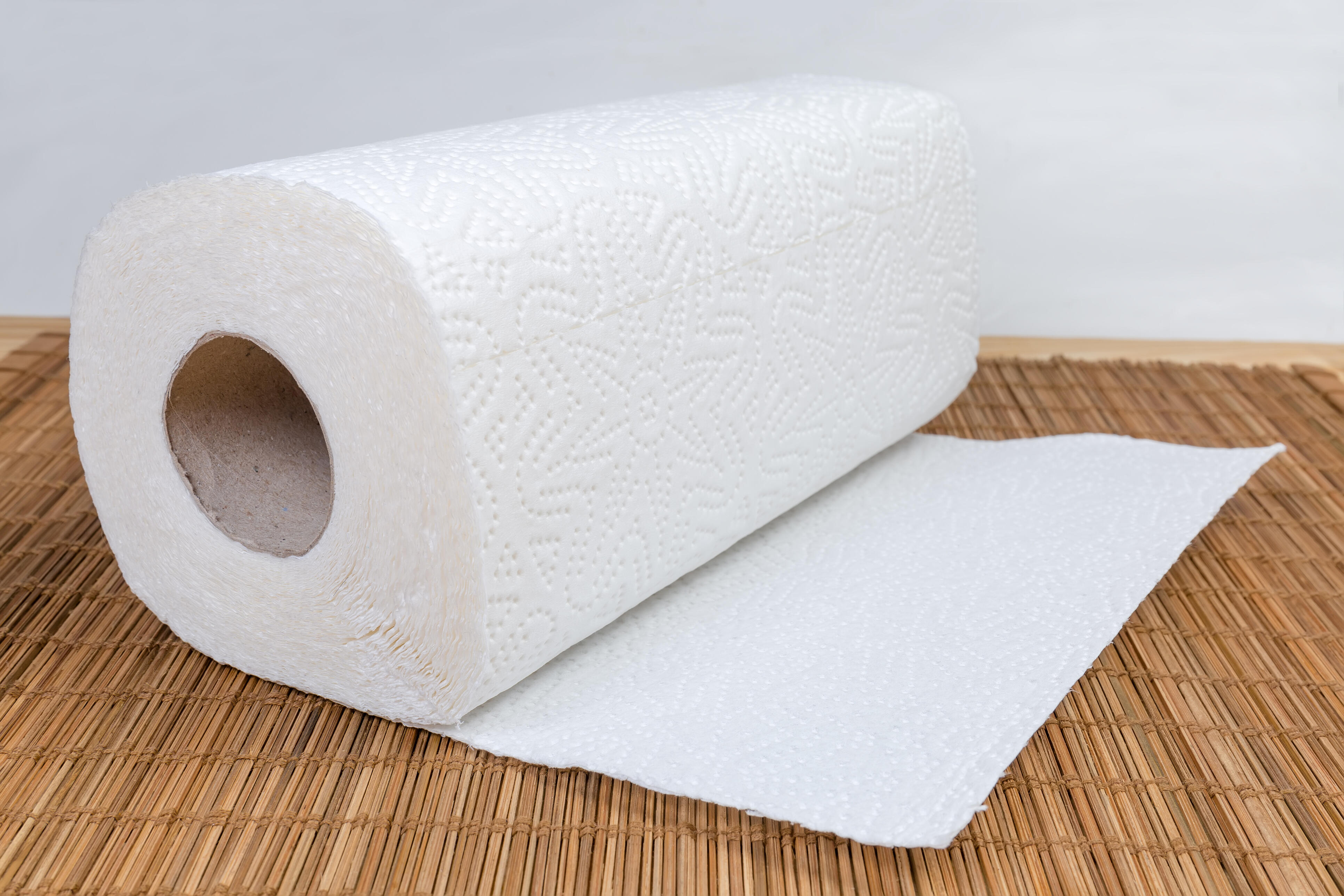 6 smart tips to conserve your paper towel supply at home - CNET