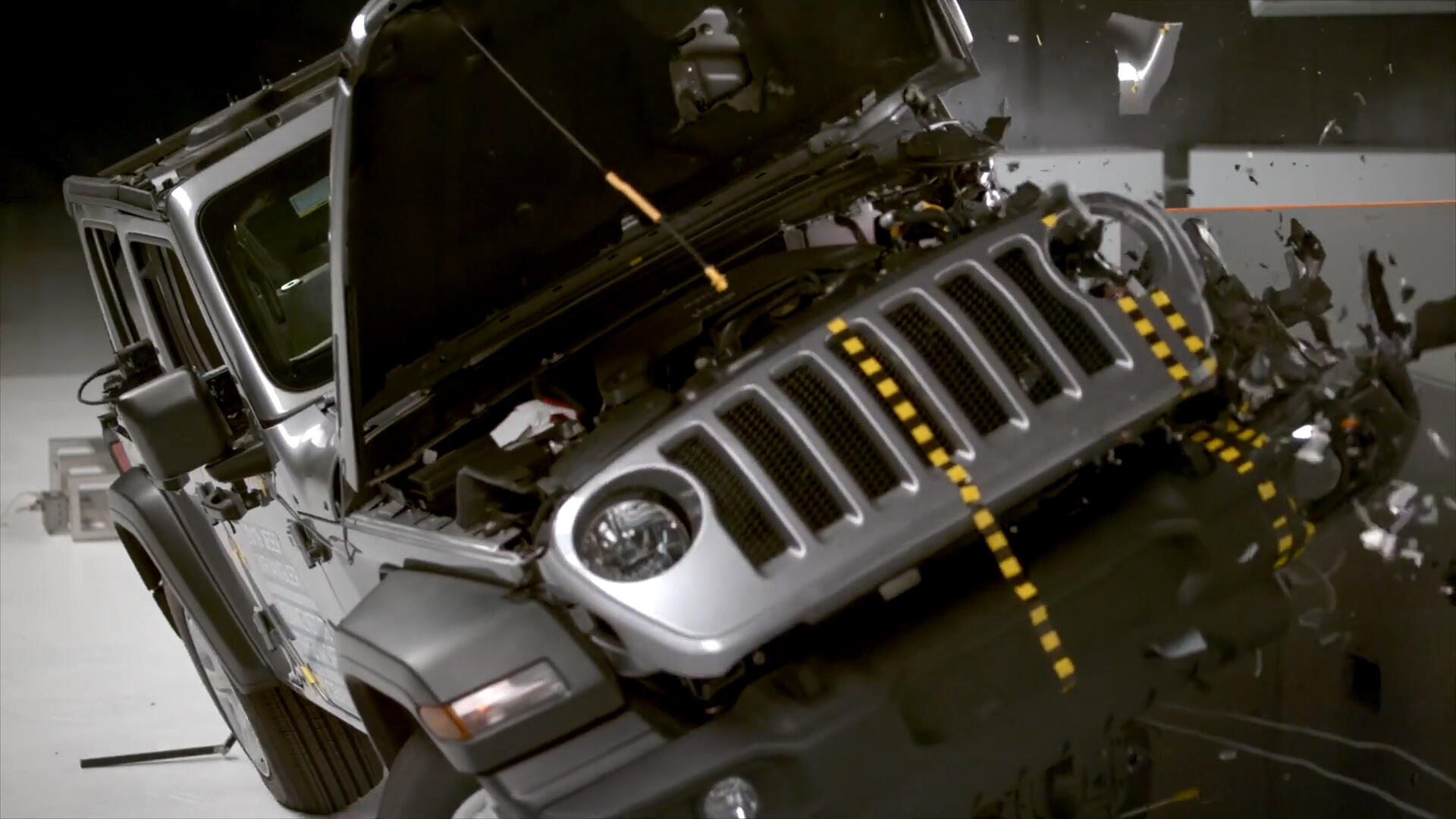 Video: Jeep Wrangler rolls during IIHS crash test