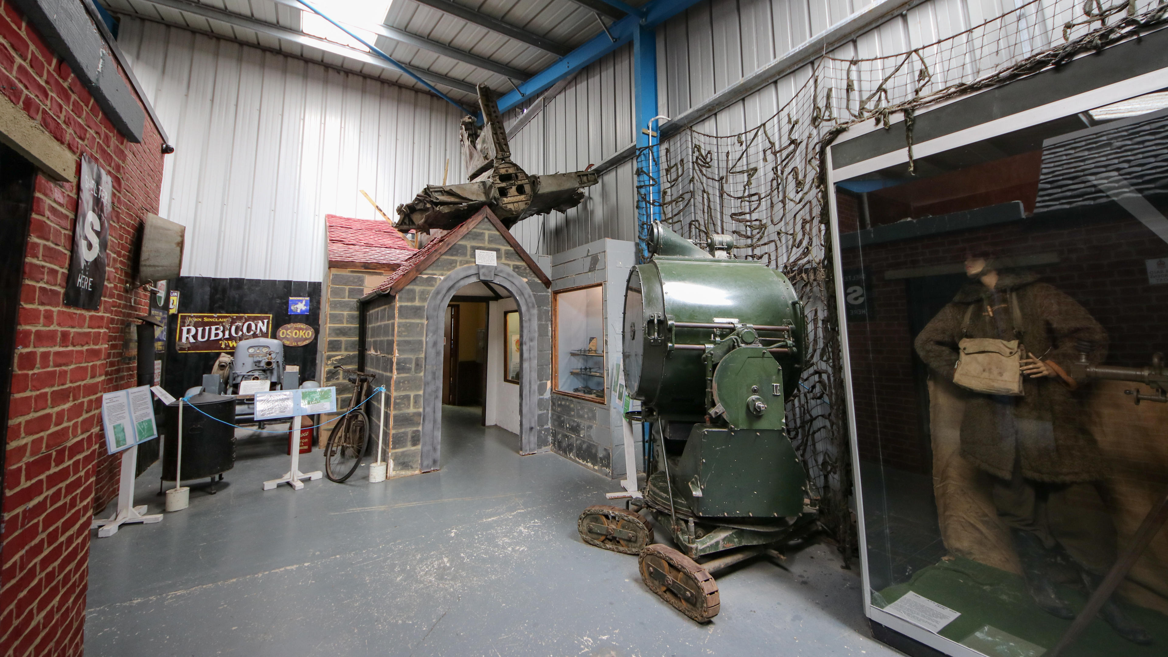 north-east-land-sea-and-air-museum-2-of-47