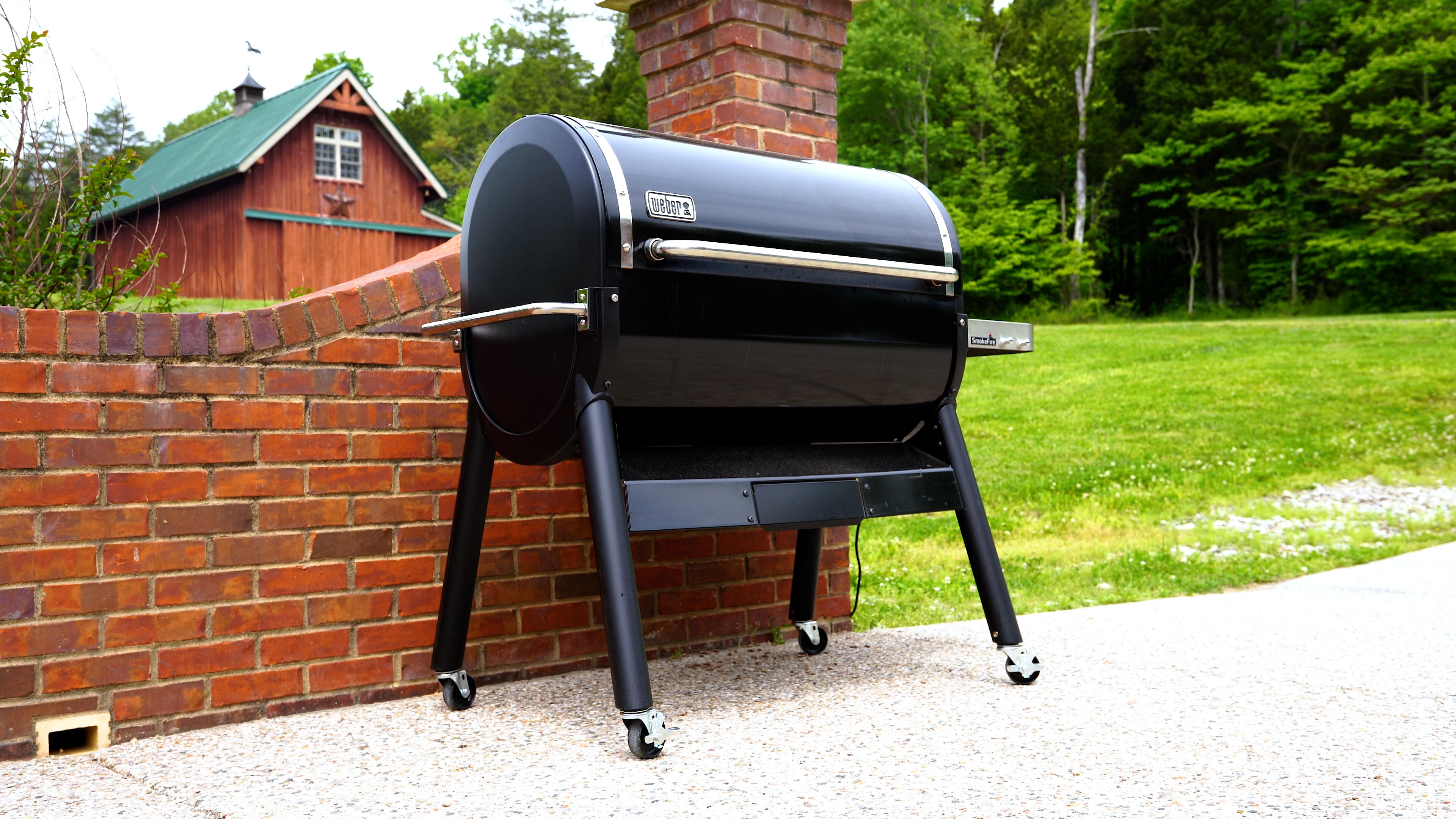 Video: Smoky grilling delights with the Weber SmokeFire EX6